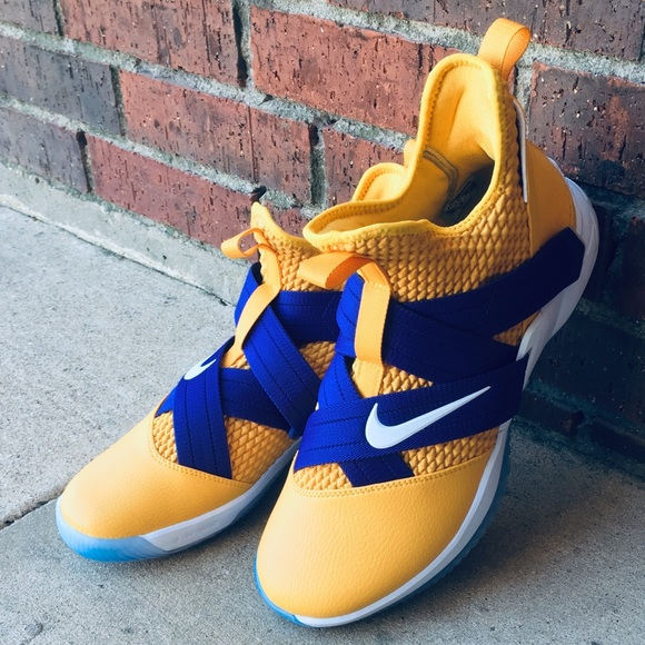 """timeless design ce521 eaa4c NIKE ID LEBRON """"LAKERS"""" SOLDIER 12 NWT"""